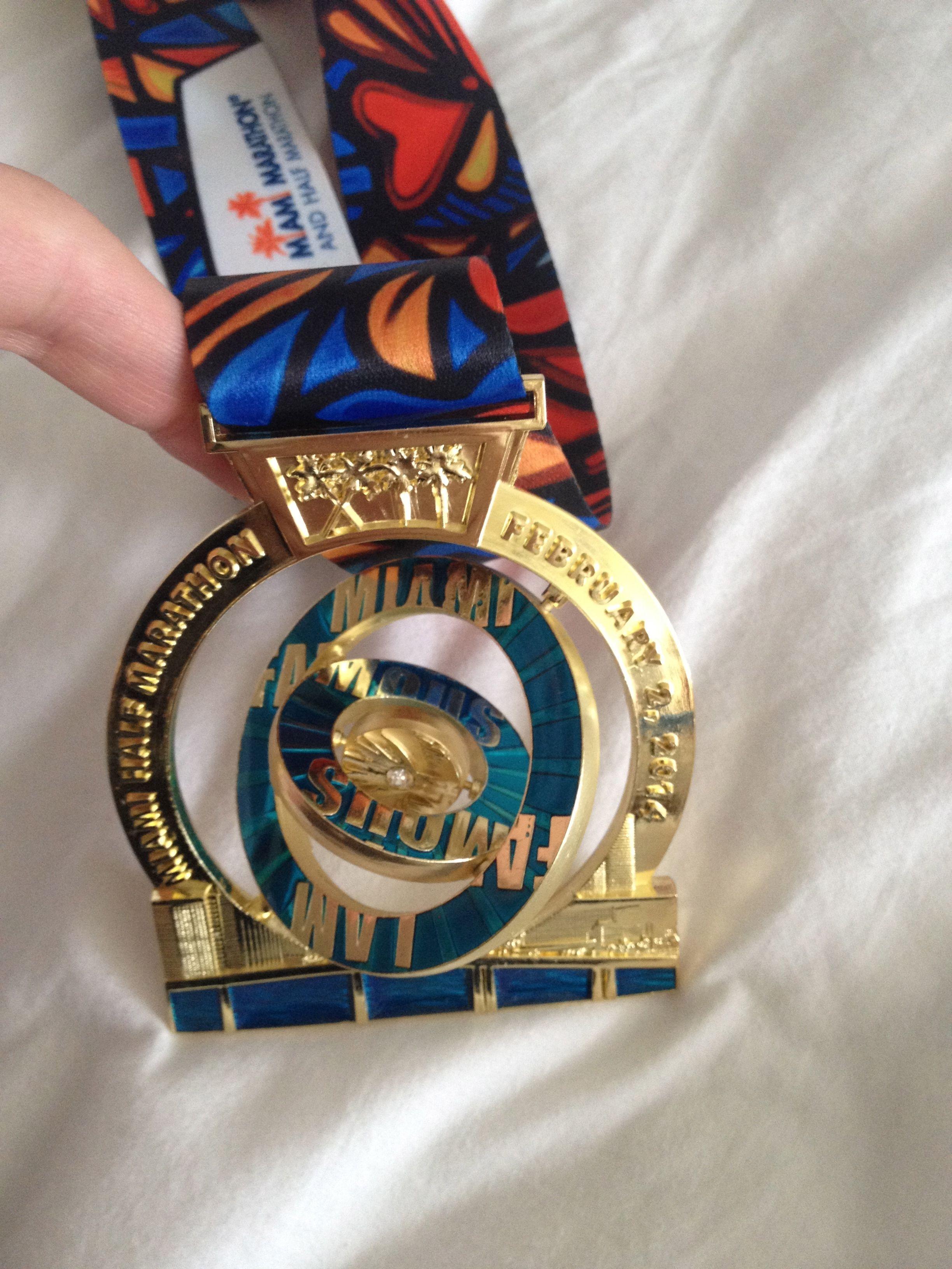 Miami half marathon medal 2014 in motion   Race Medals ...