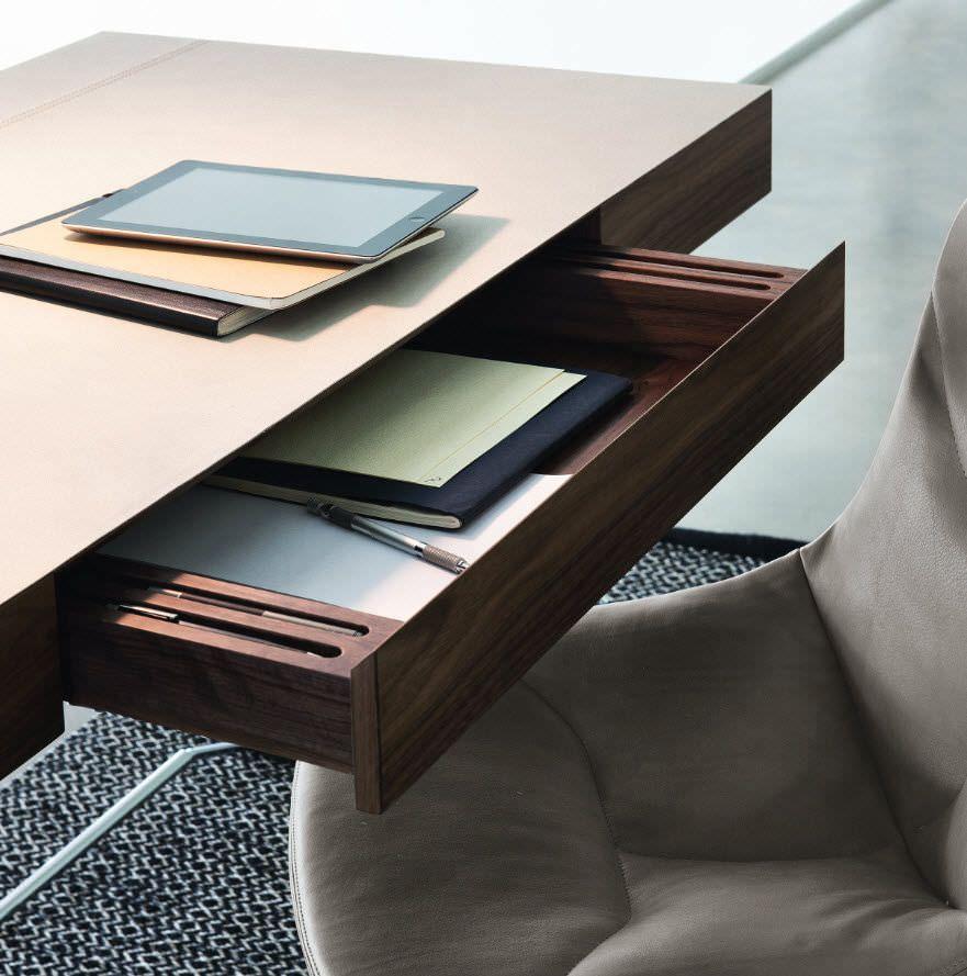 Walnut desk / steel / contemporary MAESTRALE by Ludovica