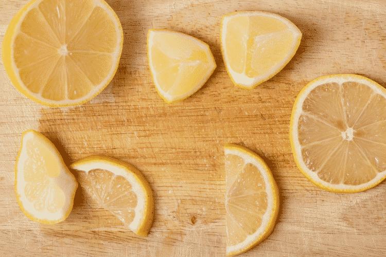 Freezing Lemons and Using Frozen Lemons whole, slices