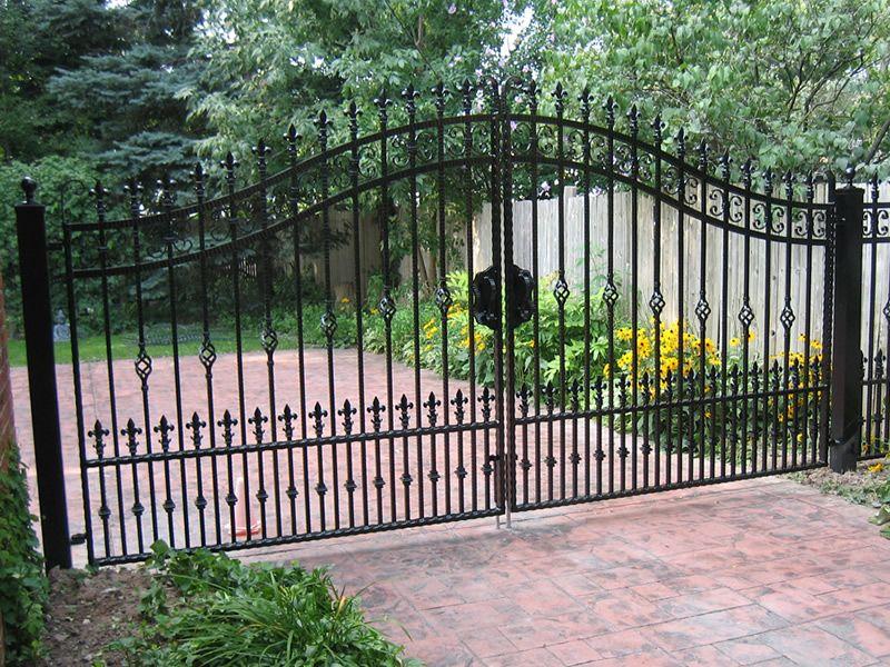 Driveway gates gate ideas