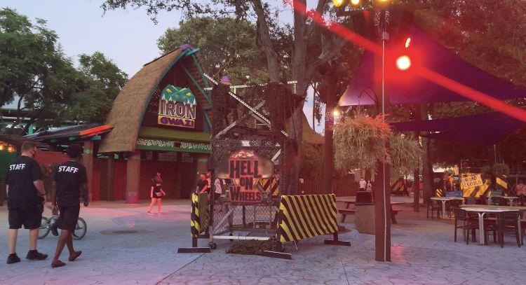 8b3d0ada7bd0805c7a13c1d643427497 - Busch Gardens Howl O Scream Reviews
