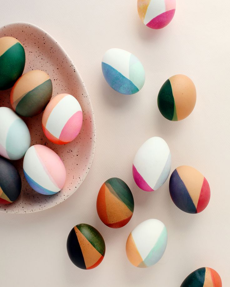 Photo of DIY Modern Color-Blocked Easter Eggs