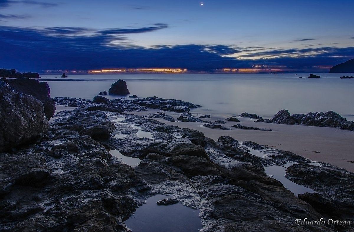 Rocas al amanecer by Eduardo Ortega Fotógrafo on 500px