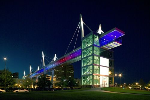 Davenport, IA  Skybridge at night
