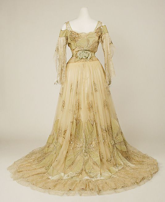 Evening Dress 1902, American, Made of silk
