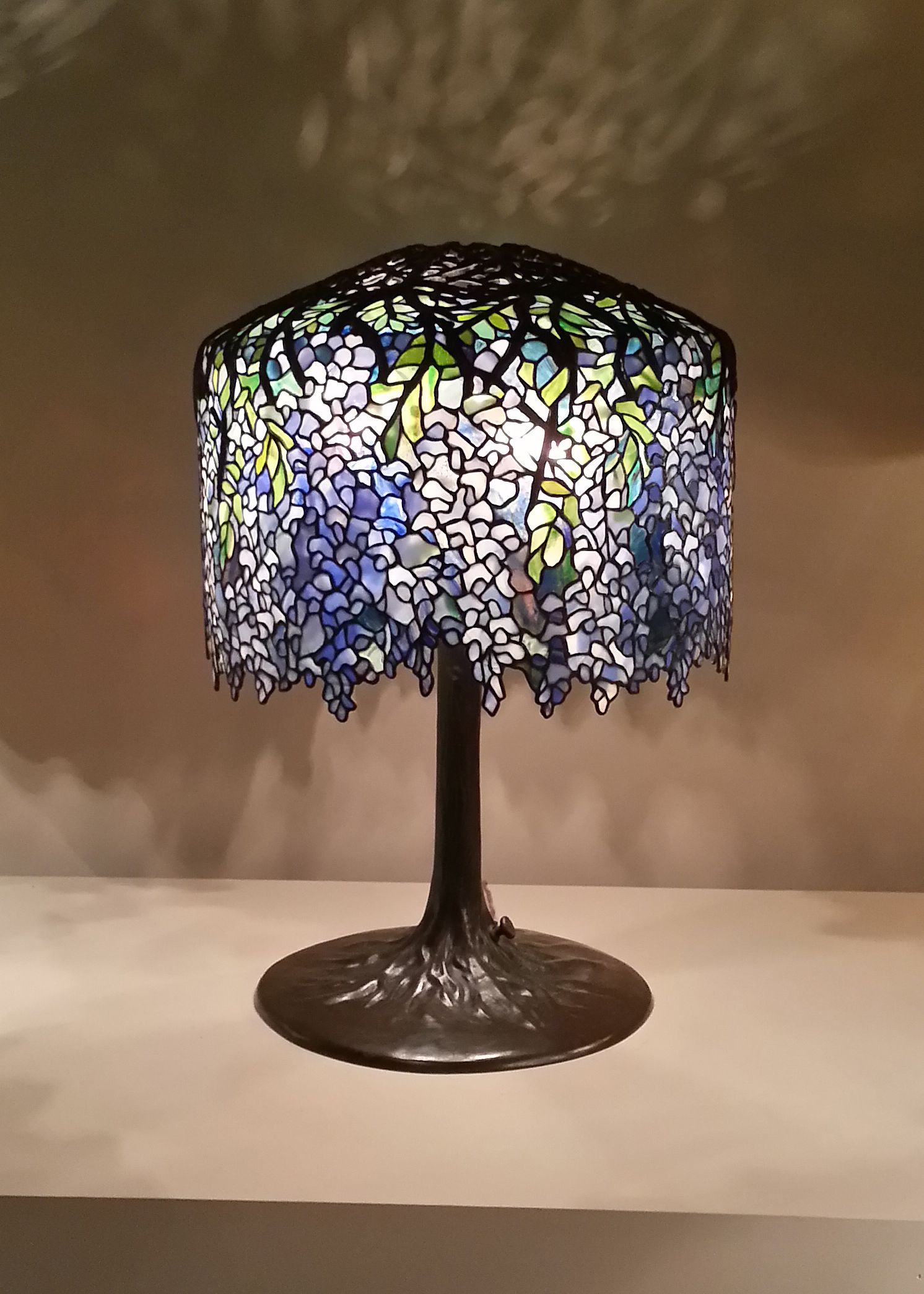 Wonderful Wisteria Tiffany Studios Lamp   Louis Comfort Tiffany   Wikipedia, The Free  Encyclopedia