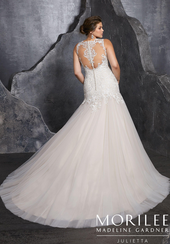 0c87257b433 Kesara Plus Size Wedding Dress in 2019