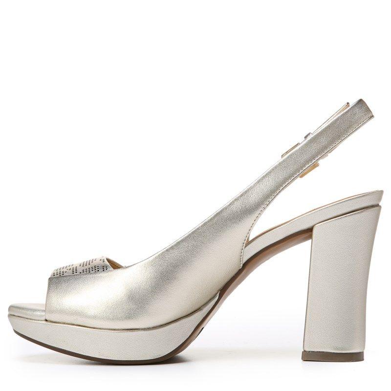 Naturalizer Women's Allegra Medium/Wide Peep Toe Pump Shoes (Platina Leather )