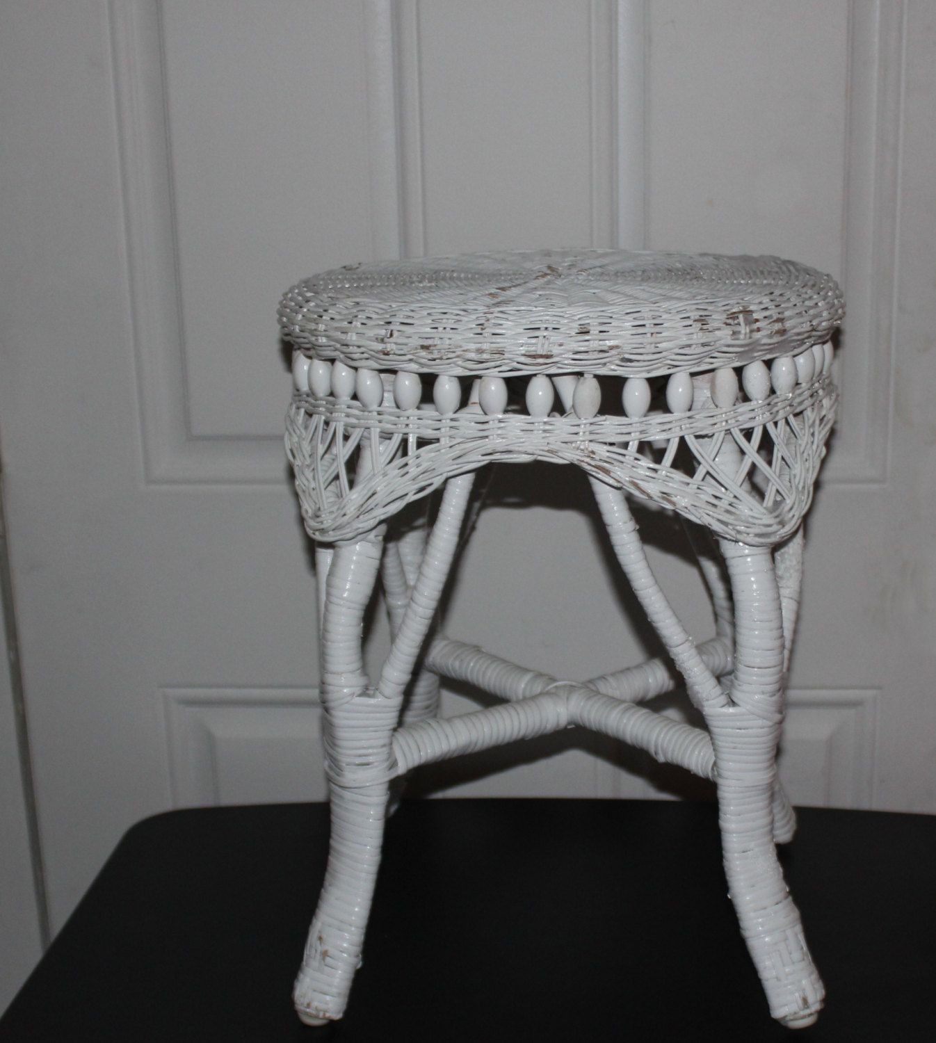 Antique Wicker Stool, Excellent Condition, No Damage, Great Vanity Stool,  White Wicker