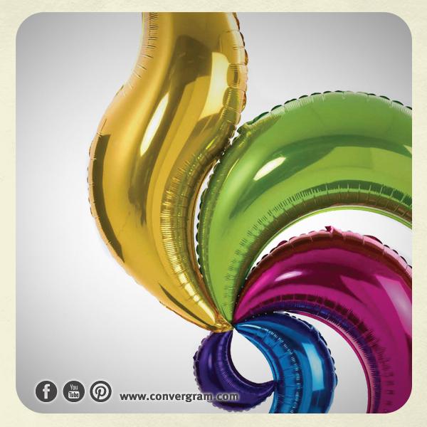 Nuestros #globos metálicos están diseñados para embonar unos con otros y así facilitar cómo unes tus diseños.