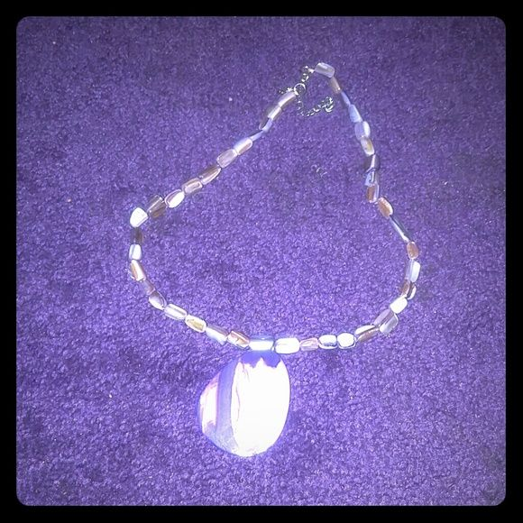 ❗Buy 2 get 1 free jewelry & accessories❗ From a mineral jewelry store. Worn once. Purple marbled stones. Jewelry Necklaces