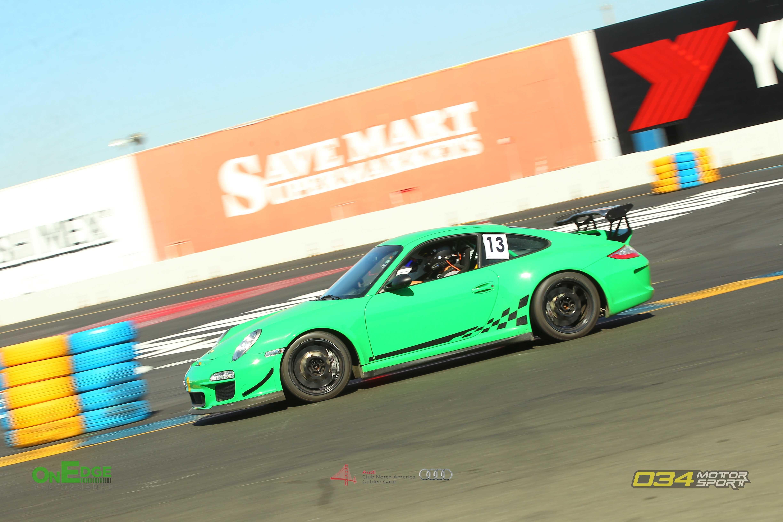 she doesn't photography well in bright light -_- #Porsche #porsche911 #porschelife #cayenne #cars #car