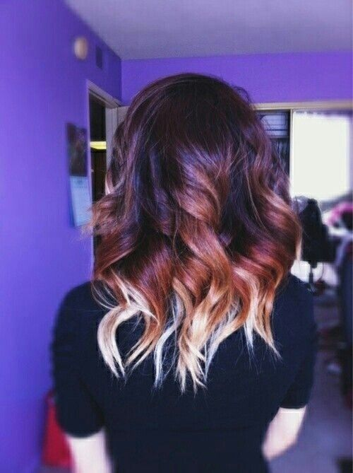 3 Colours The Coolest Ombre Hair Ideas Are A Little Out Of The Ordinary And This One Is Just Different Enough Hair Styles Short Ombre Hair Short Hair Styles