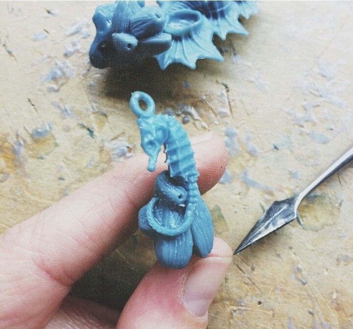 Wax carving of emgee s stunning seashorse pendant a work