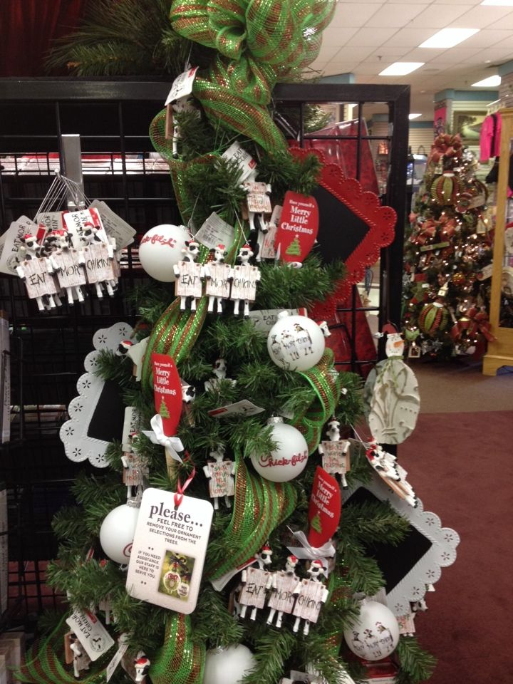 Yes, this is a @Chick-fil-A tree! | CHRISTmas | Pinterest