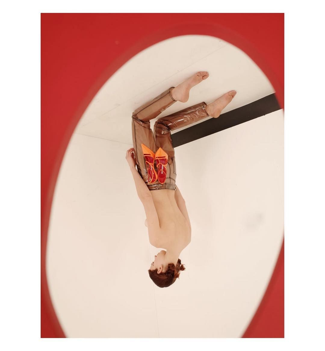 Agnes Lloyd-Platt @agnesvita #dailyinspiration #thursday  #dltd_scenes #Magazine #onlinemagazine #publication #fashion #mode #beauty #editorial #photography #photoshoot #photography #stilllife #stilleben #stilllifephotography #setdesign #setdesigner #props #installation #stockholm #sweden #sverige #scandinavian #norden #instaphotos