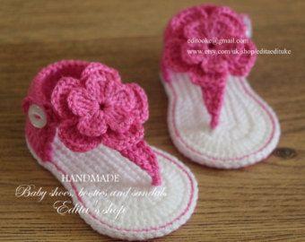 d70d668a9 Crochet sandalias bebé sandalias gladiador por EditaMHANDMADE ...