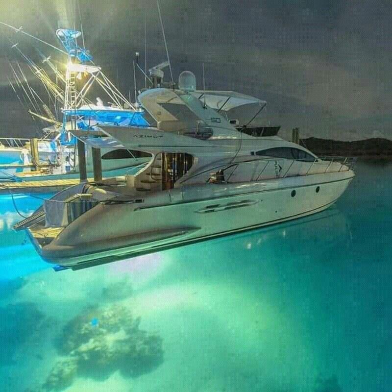 Epingle Par Michel Sur Bateaux Bateaux De Luxe Bateau Yacht