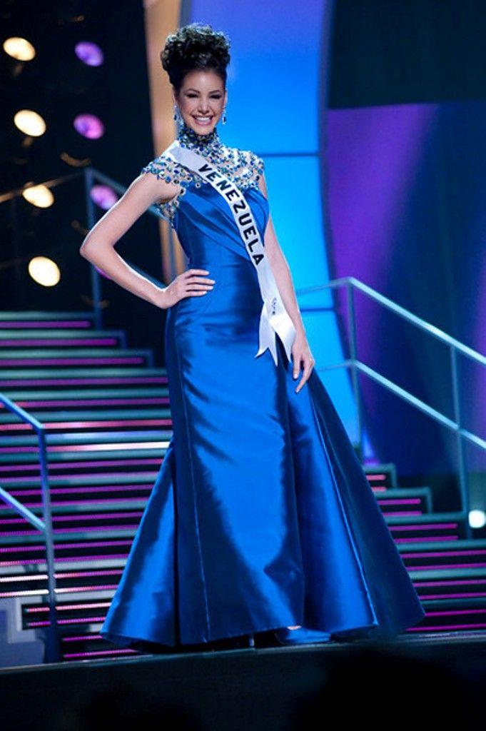Miss Venezuela 2009 Marelisa Gibson, en su Desfile en traje de Gala ...