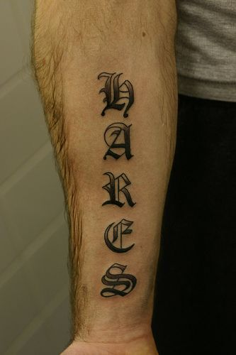 Old English Tattoos : english, tattoos, Tattoo, Fonts,, English, Tattoo,, Typography