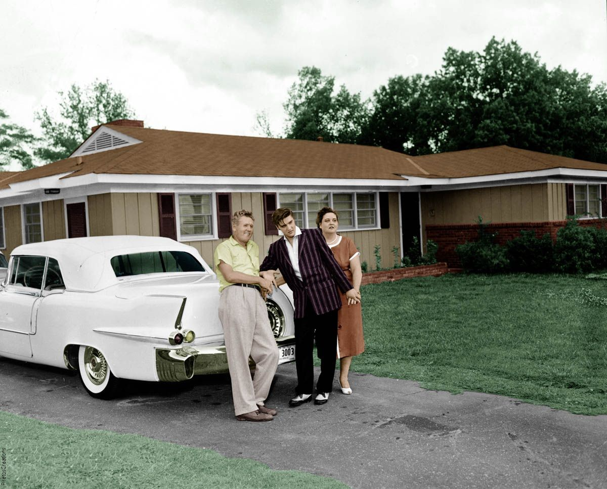 Vernon & Gladys with Elvis behind his 1957 White Cadillac