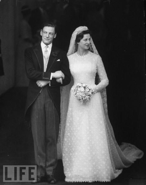 Princess Alexandra Of Kent Married The Hon Angus Ogilvy On April 24 1963
