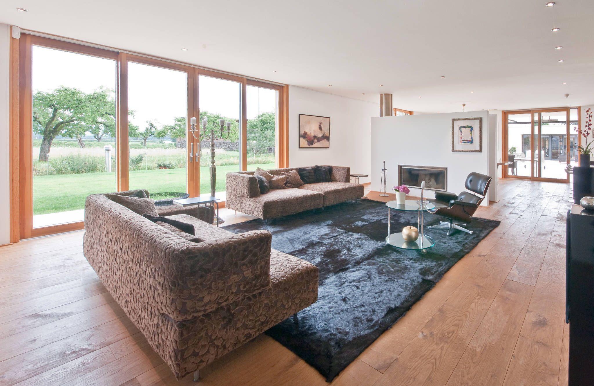 Moderne Wohnzimmer Bilder: Privathaus Schutterwald
