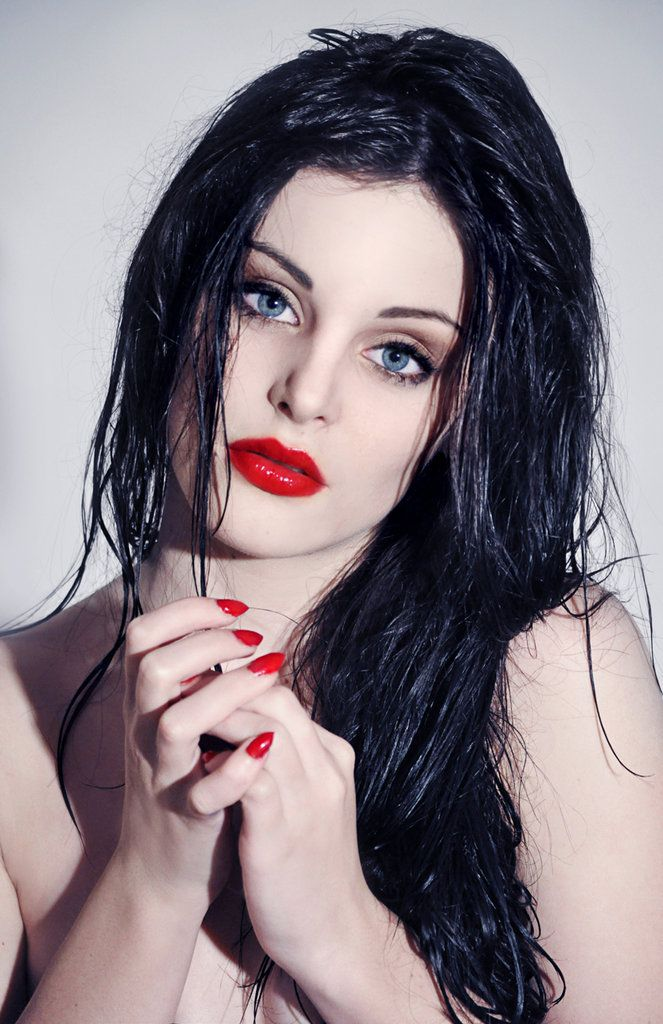 Pale Skin Dark Hair Blue Eyes And Stunning Red Lips