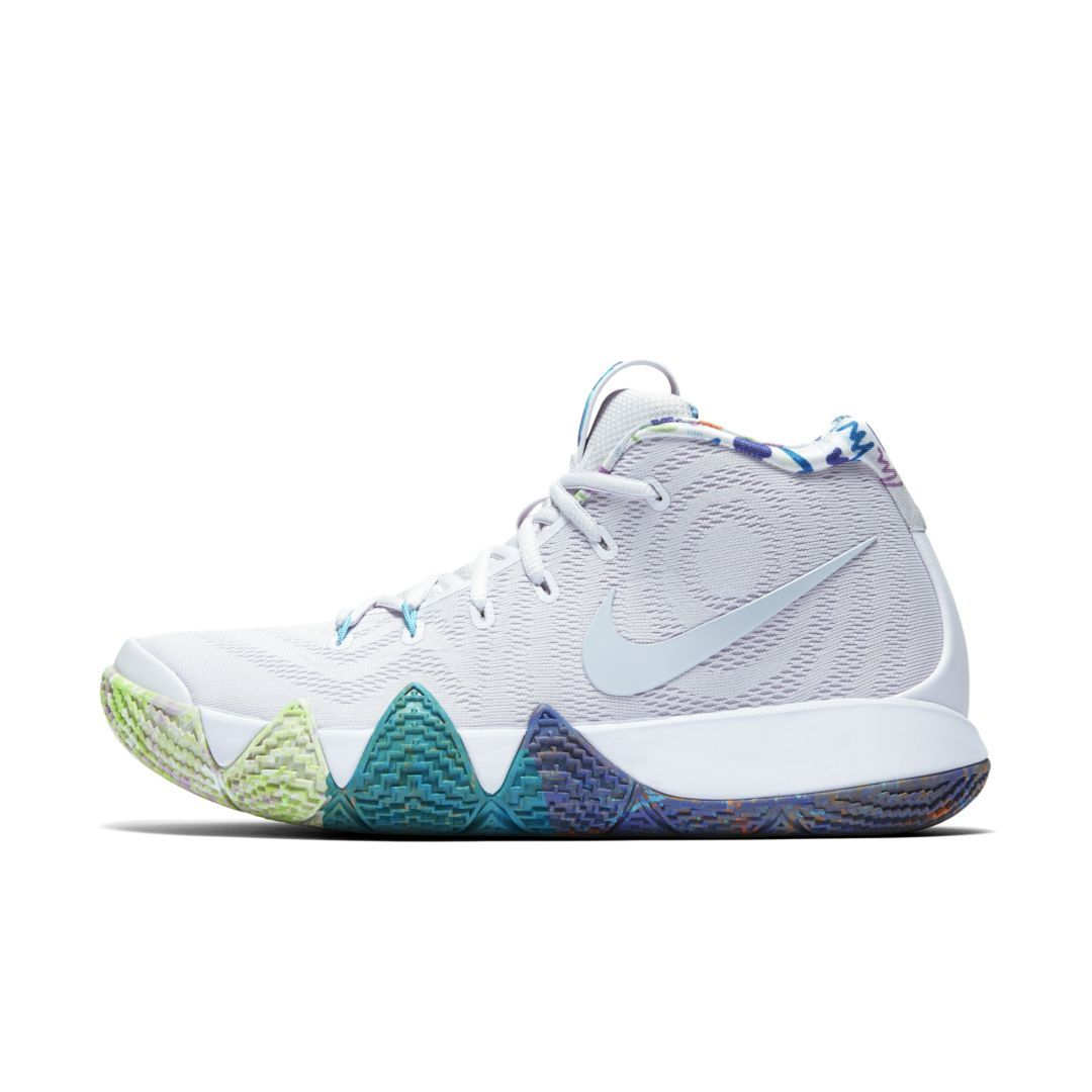 low priced 807ef 52344 Kyrie 4 90s Basketball Shoe Size 10.5 (Multi-Color)