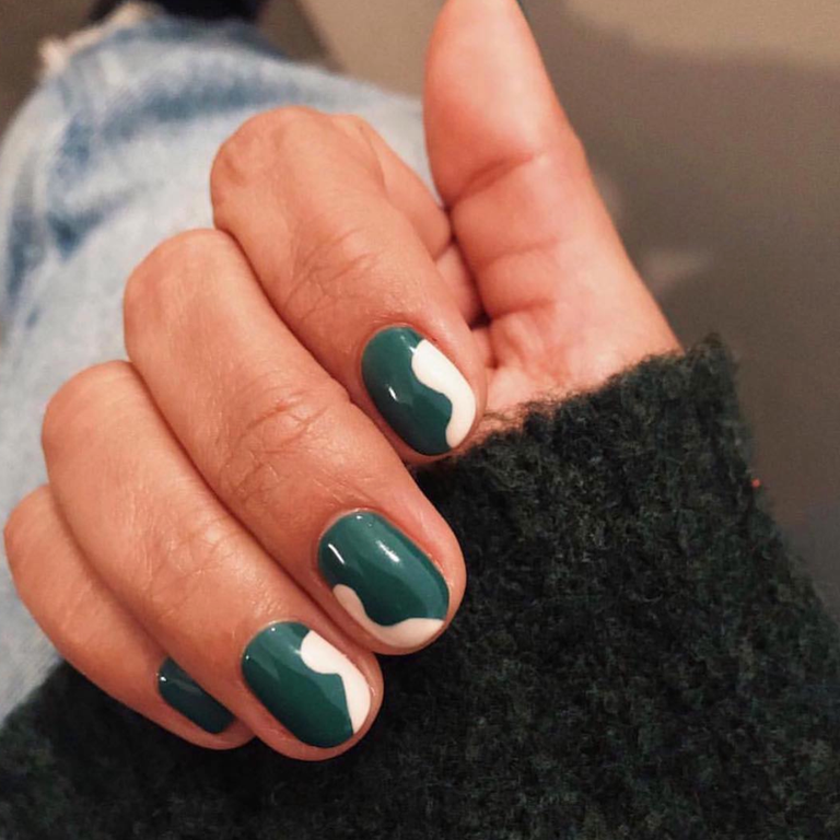 20 Thanksgiving-Inspired Nails That Dont Take Things Literally