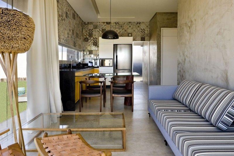 Rectangular Box House in Brasilia Revealing Inspiring Decorating