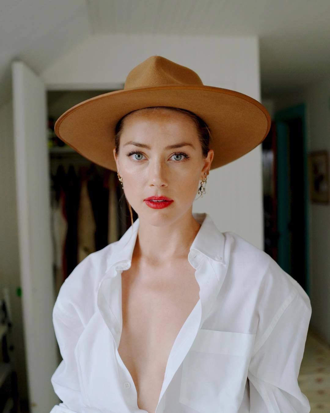 Amber Heard Hot Nude pin on hollywood