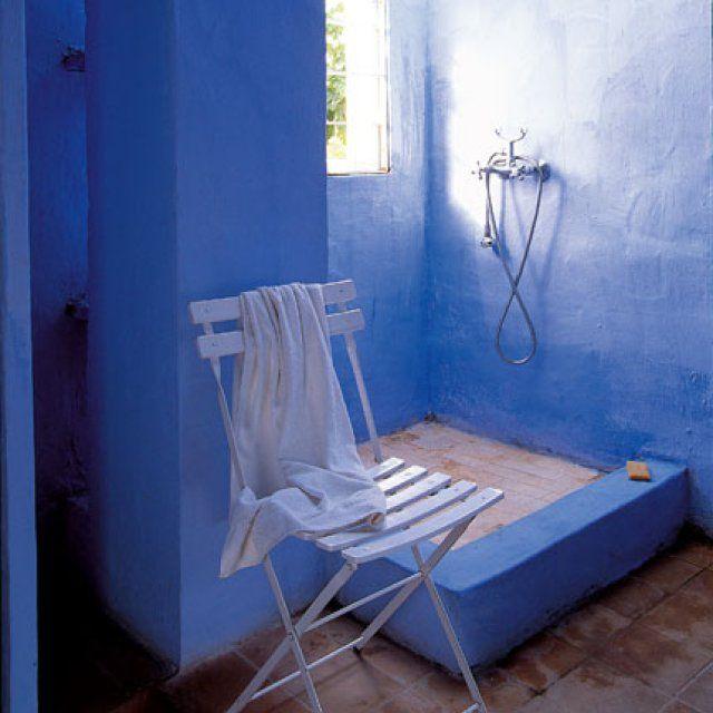 une chaux teint e bleu outremer id es en vrac pinterest chaux peinture a la chaux et peinture. Black Bedroom Furniture Sets. Home Design Ideas