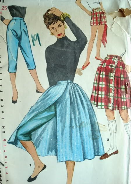 A Hostess Set I Have To Make These Hostess Outfits Vintage Outfits Summer Dress Outfits