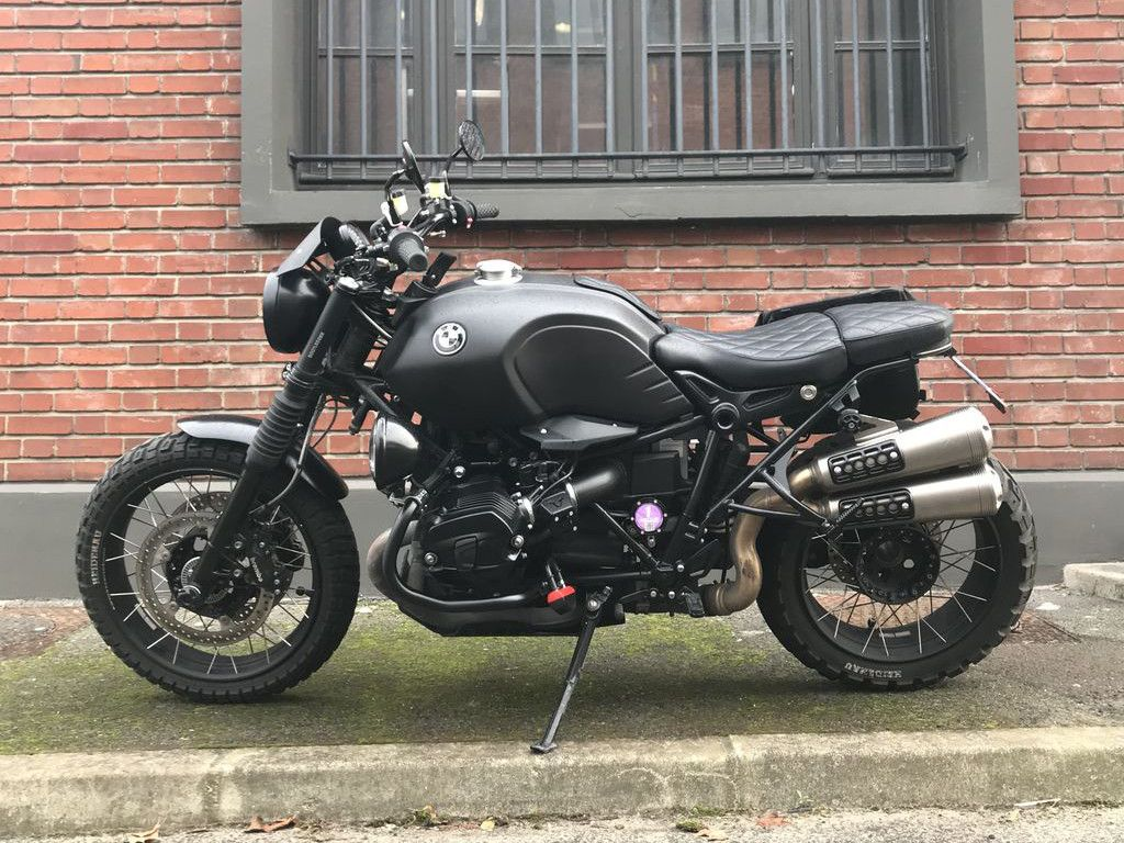 bmw r ninet scrambler black bootlegger par modification. Black Bedroom Furniture Sets. Home Design Ideas