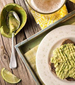 Sağlıklı Kahvaltı Önerisi: Avokadolu Tost