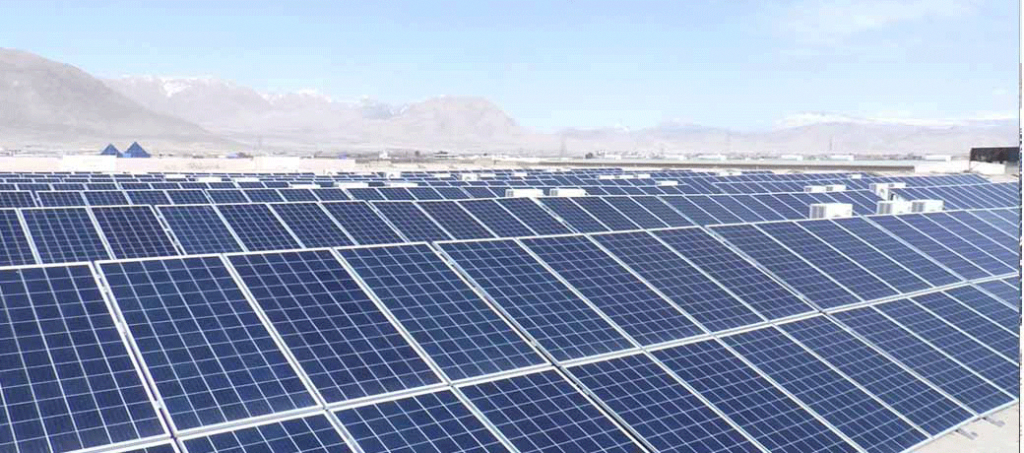 This Project Of 298 Kwp Solar Pv Capacity Is A Grid Tied System Along With The Facility Of Net Mete In 2020 Solar Energy Solutions Solar Energy Projects Solar Projects