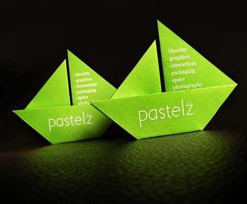 Paper boat identity : identity gamification ?