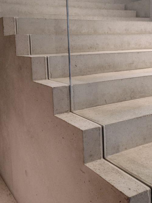 glasgelaender steps pinterest glasgel nder treppe und flure. Black Bedroom Furniture Sets. Home Design Ideas