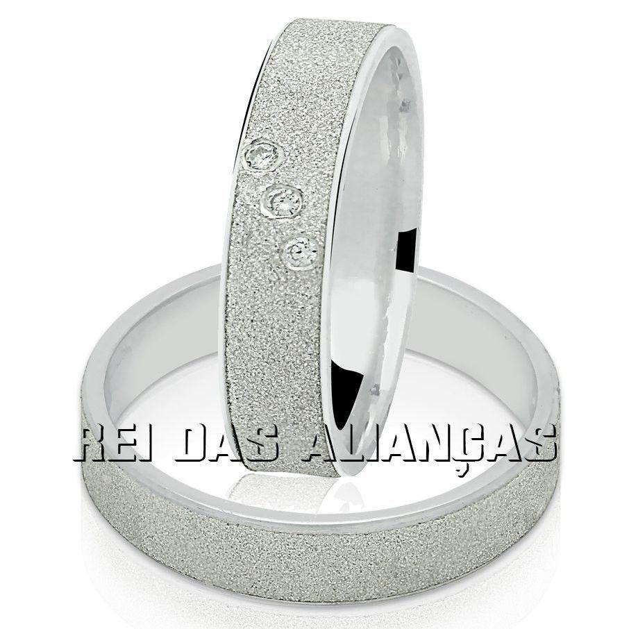 11596ebe336 Alianças de prata com 3 swarovski na feminina
