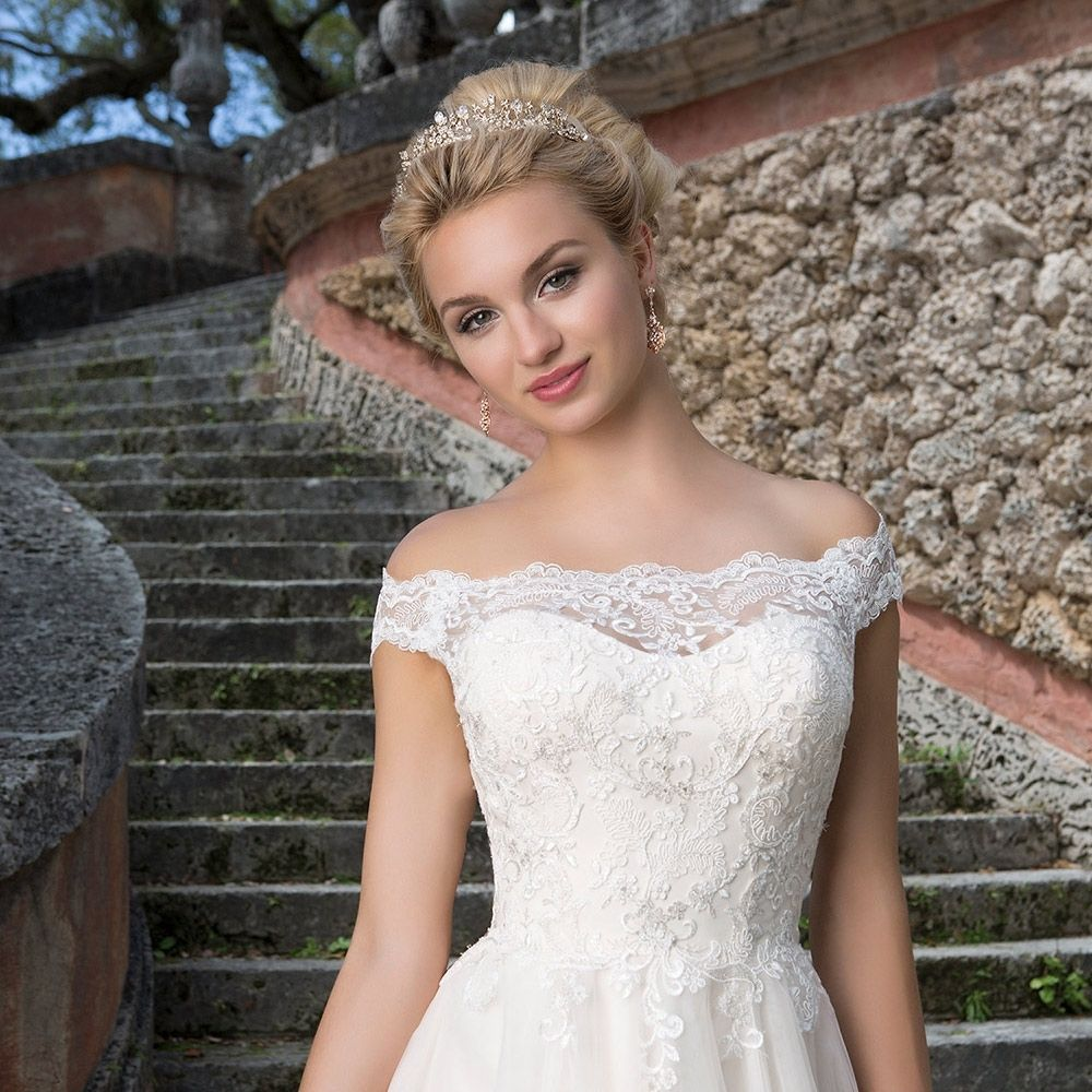 Wedding Dresses For Small Busted Brides Wedding dress