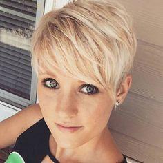 Charmante Kurzhaarfrisuren Fur Frauen Mit Blonden Haaren