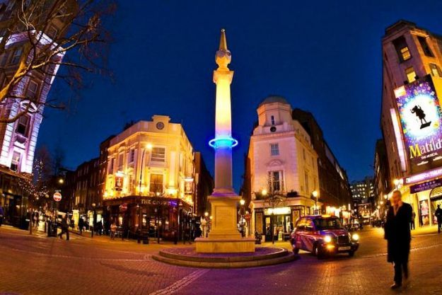 London monuments mark city's rising water level with LED rings (in 3012) FYI - amazing idea and thought provoking idea!