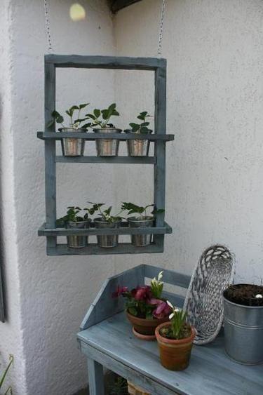 Hanging Shelf For Herbs Hängendes Kräuterregal Für Den Winter