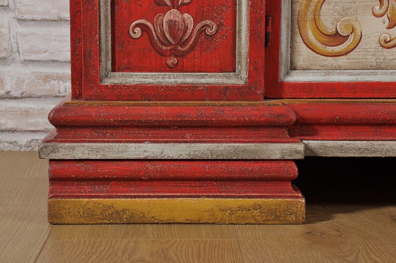 Porta Tv In Stile Classico.Credenza Porta Tv Laccata In Rosso E Beige Con Decorazioni Di