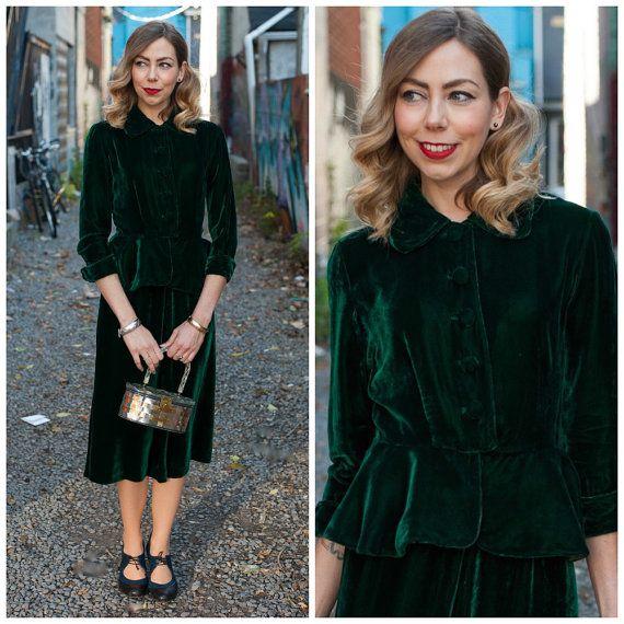 Vintage 1940 S Dark Green Velvet Two Piece Suit 40 S Velvet Peplum