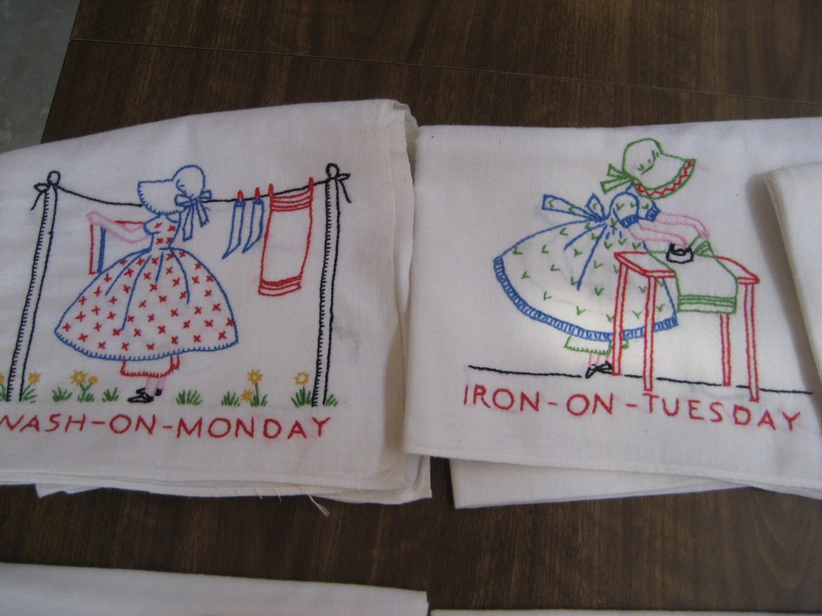 Vintage Large Hand Embroidered Days Of The Week Flour Sack Tablecloth Towel