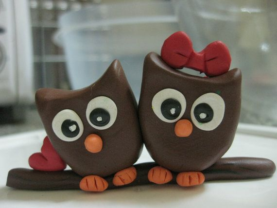 @Megan Everhart  you could have these on your wedding cake lol!!  Love Owls Cake topper
