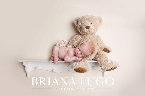 Digital newborn shelf prop