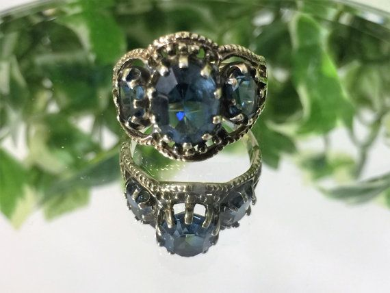A Beautiful Vintage Silver & Gold Plated Blue Gemstone Trilogy Ring ...